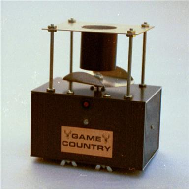 Game Country New Day Timer with Low-Profile Feed Container