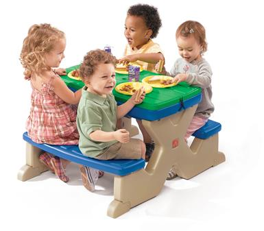 Step 2® Picnic Play Table