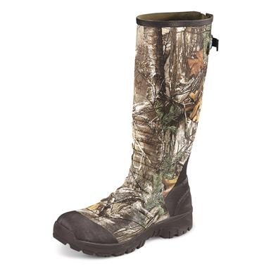 Left, Realtree Xtra®