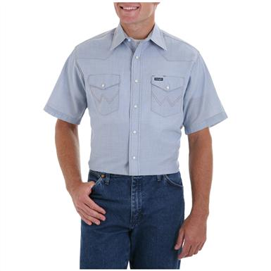 Men's Wrangler® Cowboy Cut® Short-sleeved Chambray Shirt