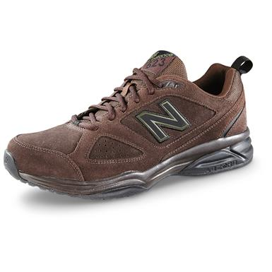New Balance Men's 623v3 Cross Trainer Shoes, Brown Nubuck