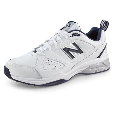 New Balance Men's 623v3 Cross Trainer Shoes, White / Navy, White/Navy