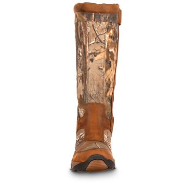Rugged full-grain leather and 900-denier nylon uppers are mega-tough, Realtree AP