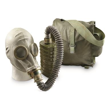 Polish Military Surplus OM14 Gas Mask and Carry Bag, Like New