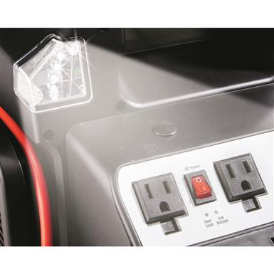 2 AC outlets