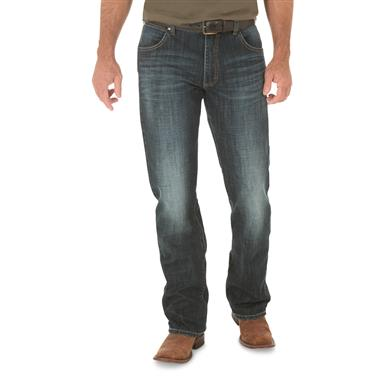 Wrangler Retro Men's Slim Boot Cut Jeans, Redding