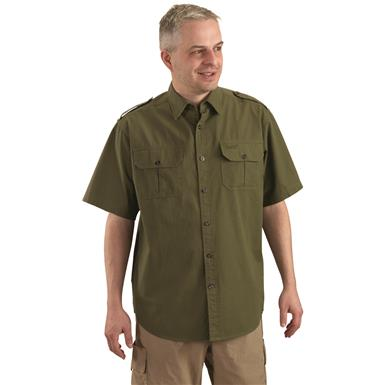 Hidden button-down collar keeps you looking sharp, Olive
