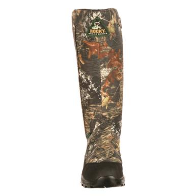 Rugged nylon uppers with leather details for durability , Mossy Oak Break-Up®