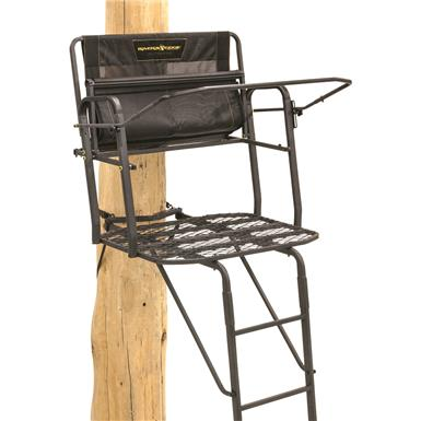 Rivers Edge Lockdown 17' 2-Man Ladder Tree Stand.