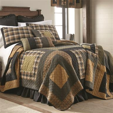 Donna Sharp Forest Square Quilt Set