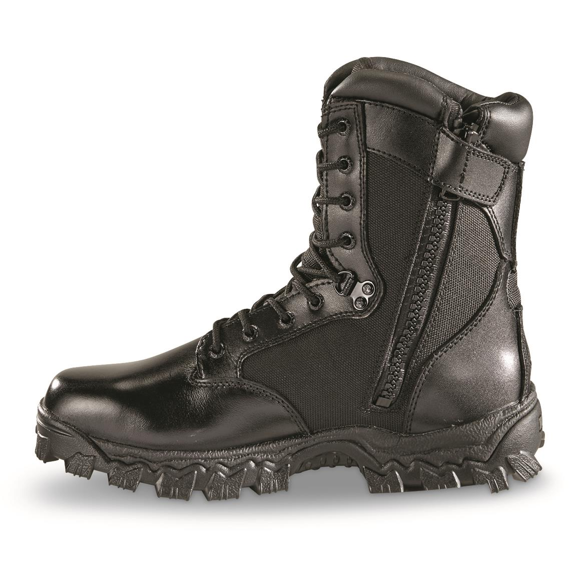 Rocky 100% waterproof construction for powder-dry feet