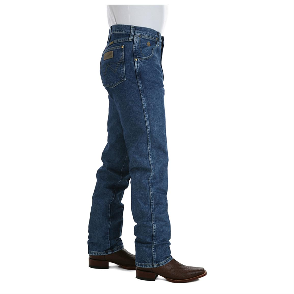 Men's Wrangler® Relaxed Fit George Strait Cowboy Cut Jeans