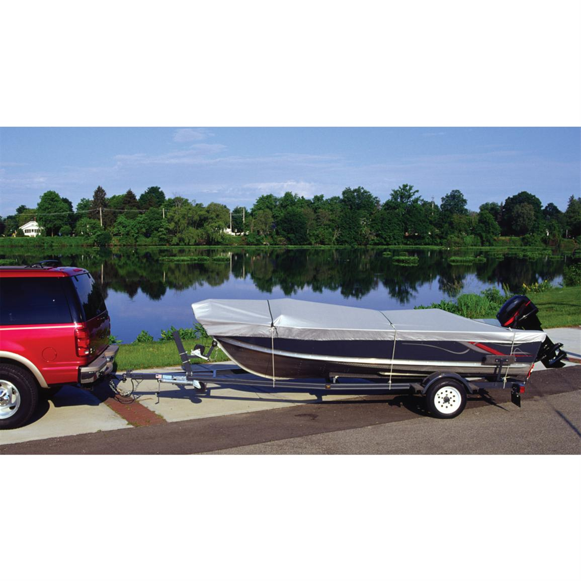 Attwood Snug Harbor Silver Series 150-denier Universal Fit Trailering Boat Cover