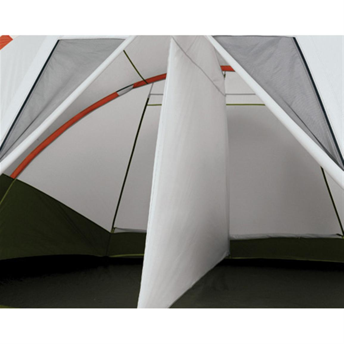 Swiss Gear Brienz Family Dome Tent · Removable ider creates 2 private rooms  sc 1 st  Sportsmanu0027s Guide & Swiss Gear™ Brienz Family Dome Tent - 134647 Backpacking Tents at ...