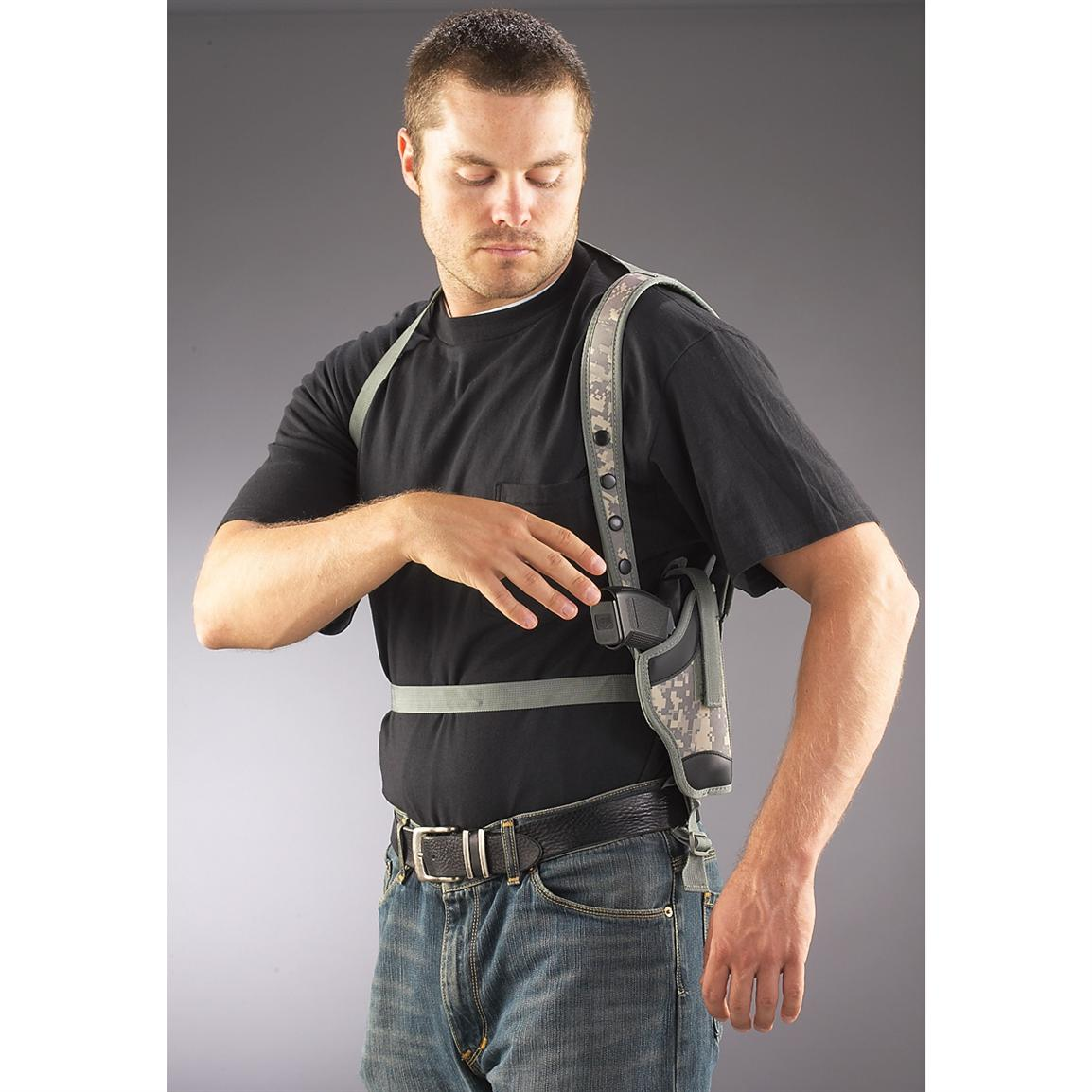 Large-frame Pistol Shoulder Holster, Army Digital