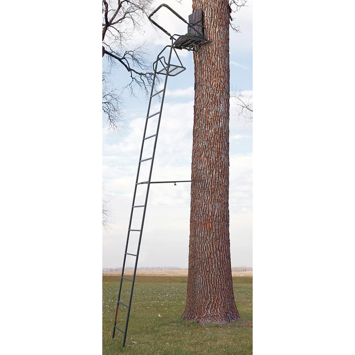 Guide Gear 16 foot Deluxe Ladder Tree Stand