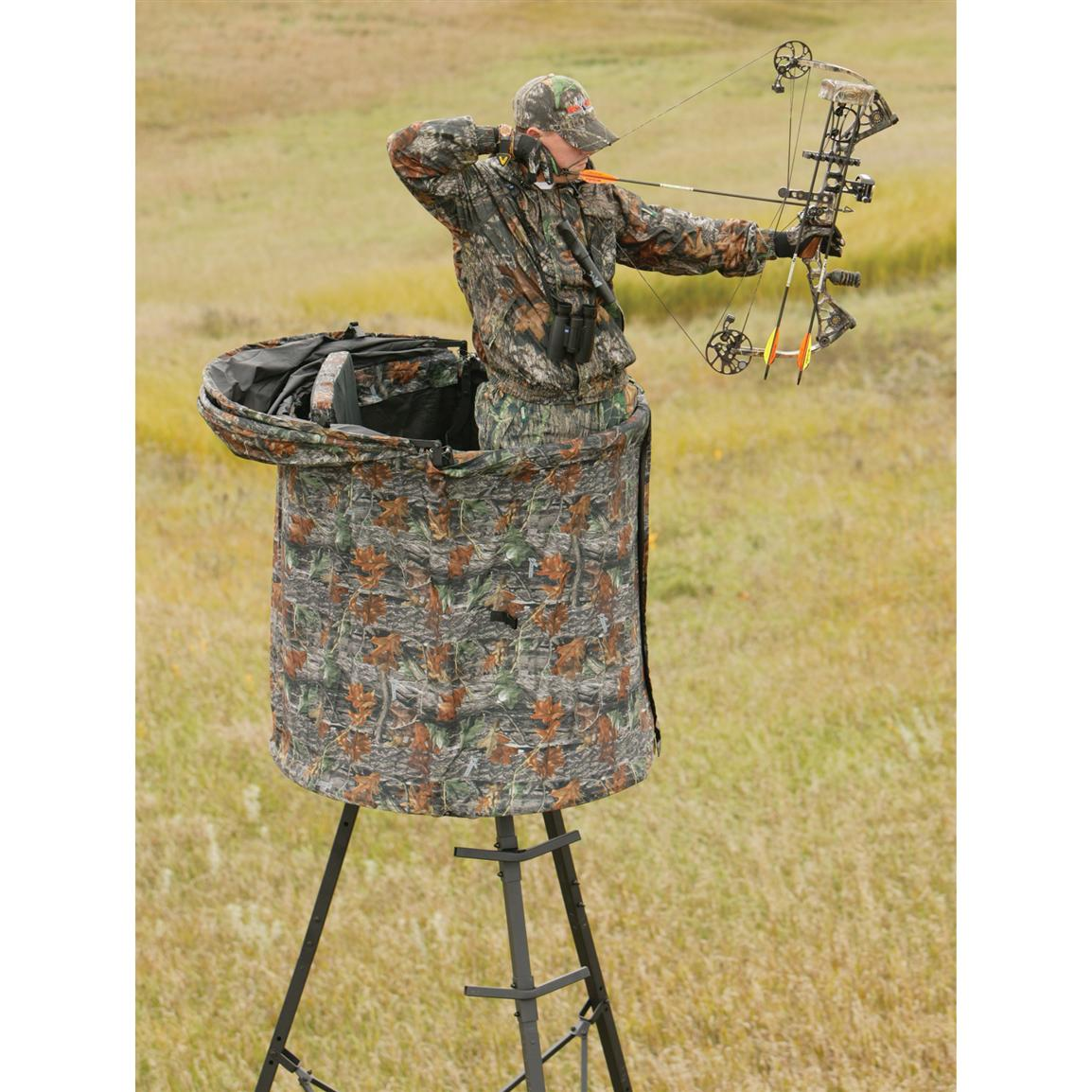 Retractable design... use with or without roof canopy  sc 1 st  Sportsmanu0027s Guide & The Cover - All™ Blind from Big Game® Treestands - 167470 Tree ...
