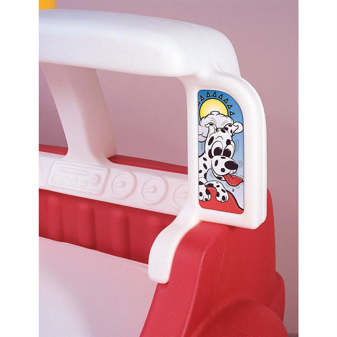 Step 2R Fire Engine Toddler BedTM