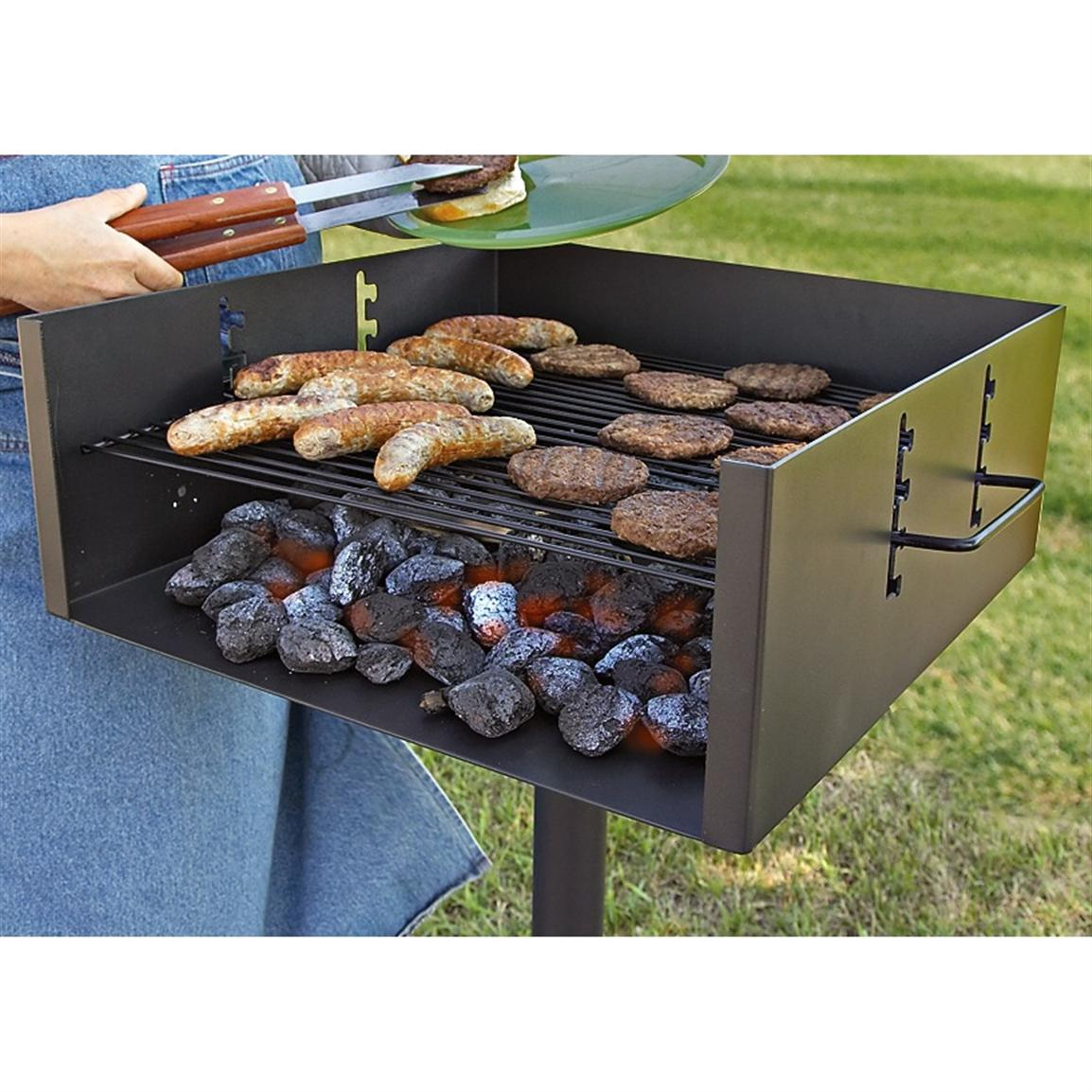 Guide Gear Heavy-Duty Park-Style Grill, Extra Large