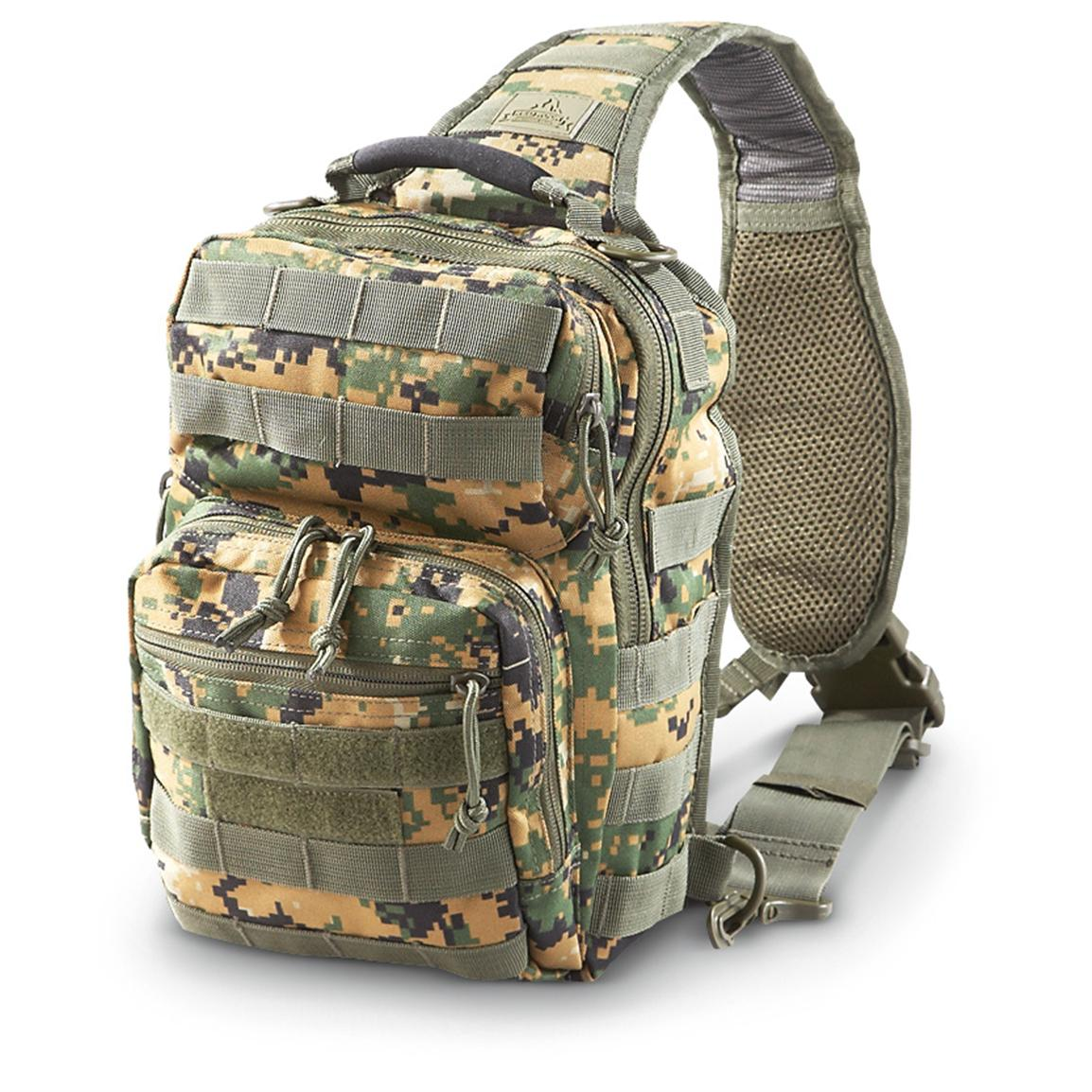 Stable, padded carry strap 315-cu. in. capacity, Digital Woodland