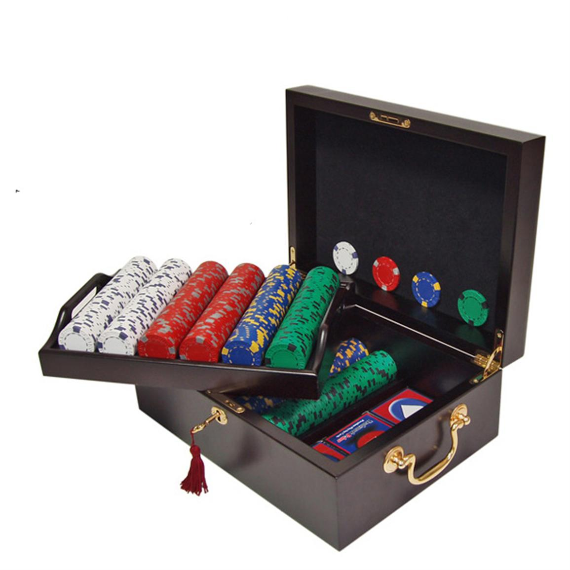 Trademark Global® 500 Pro Clay Casino Chips with Mahogany Case