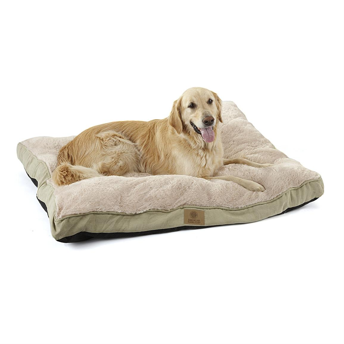 American Kennel Club® Deluxe Fur / Suede-like Pet Bed