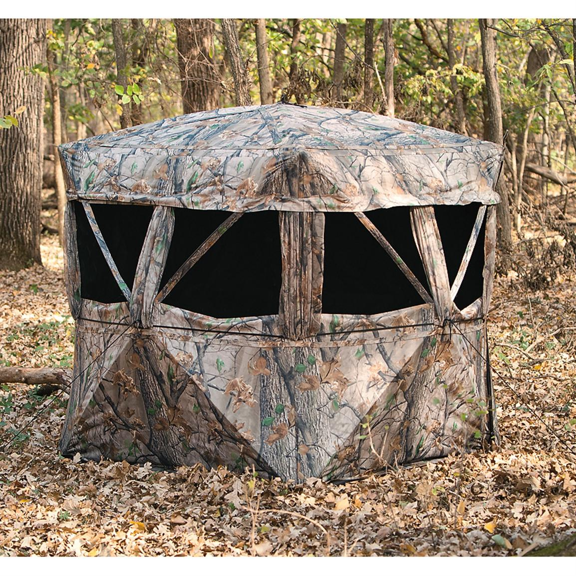 The VS360 6 1/2' x 6 1/2' 5-hub Ground Blind