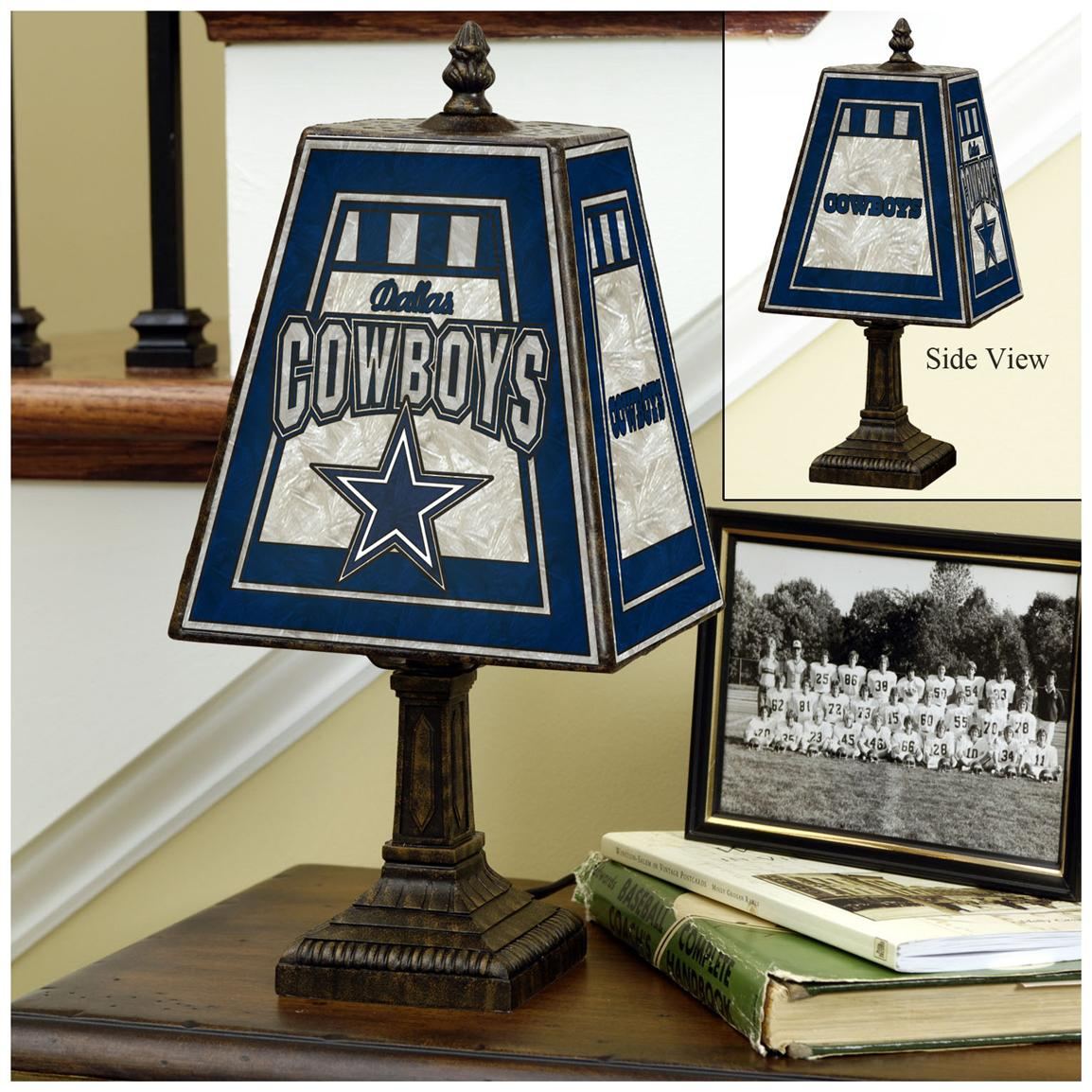 NFL 14 inch Art Glass Table Lamp, Cowboys