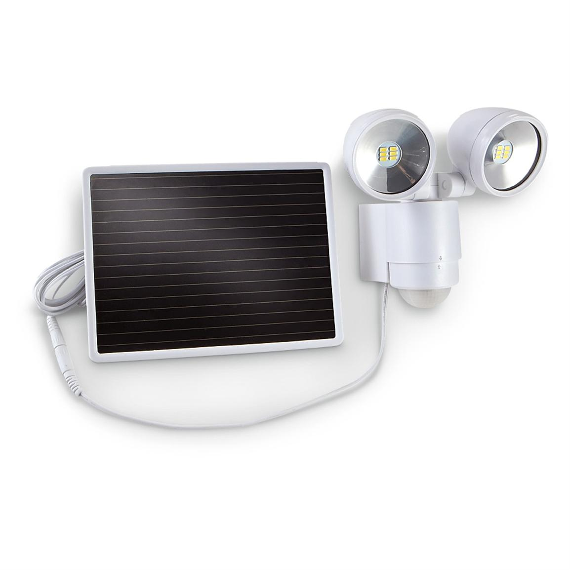Motion-activated Dual-head Solar Spotlight, White