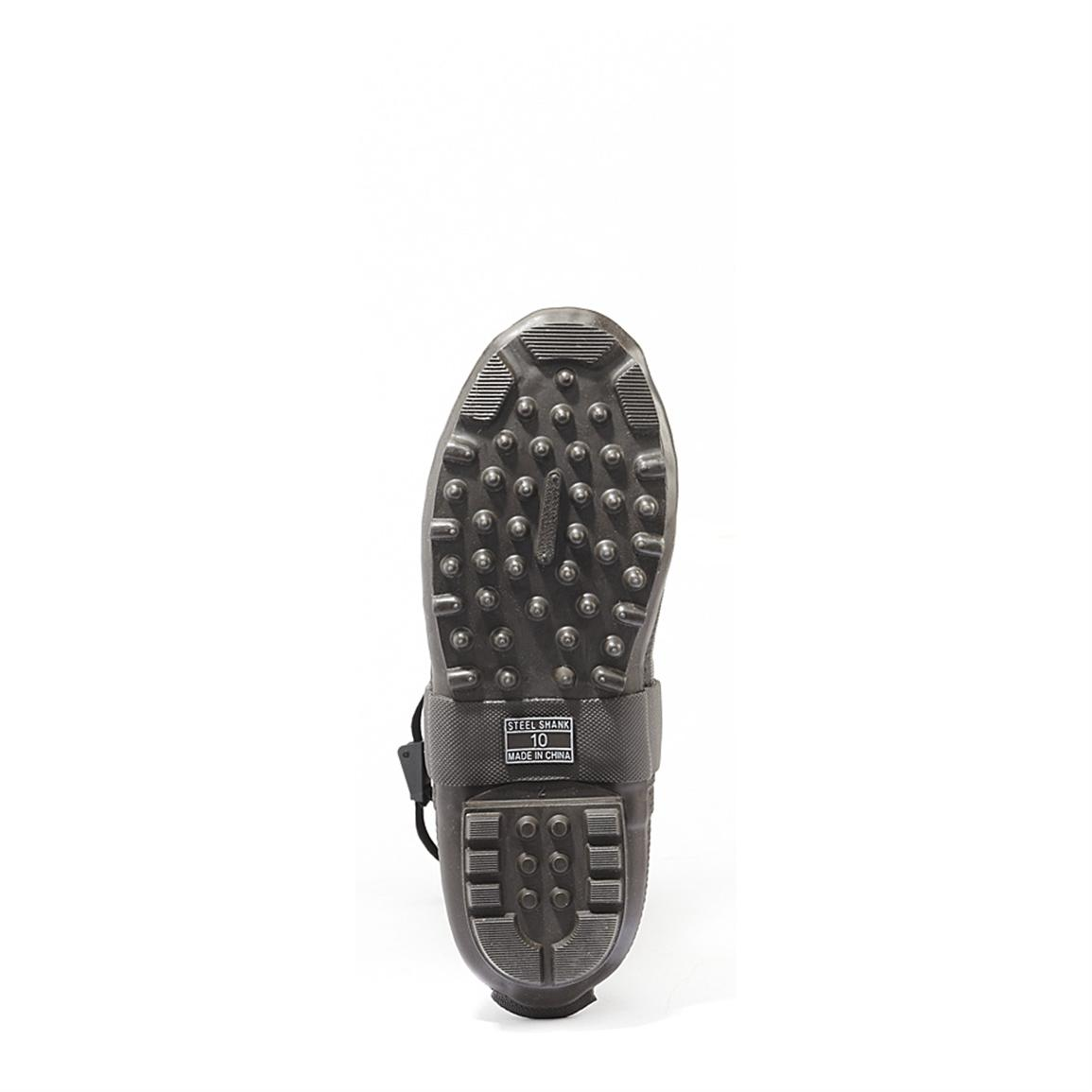Rubber foot, with bob-style outsole for sure footing
