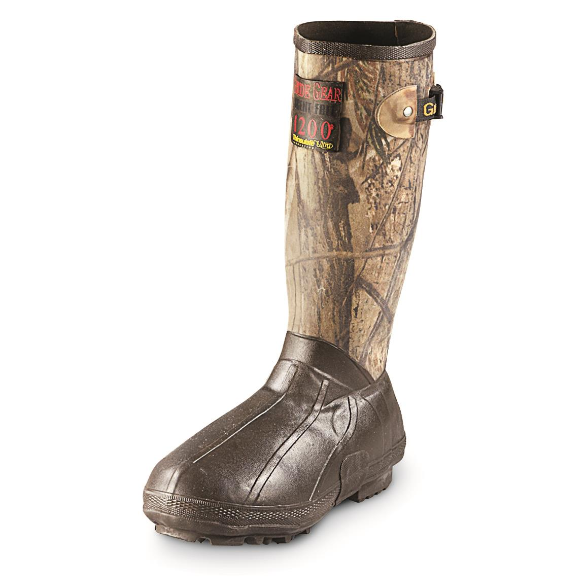 Rubber shaft is wrapped in canvas, with Realtree AP camo pattern
