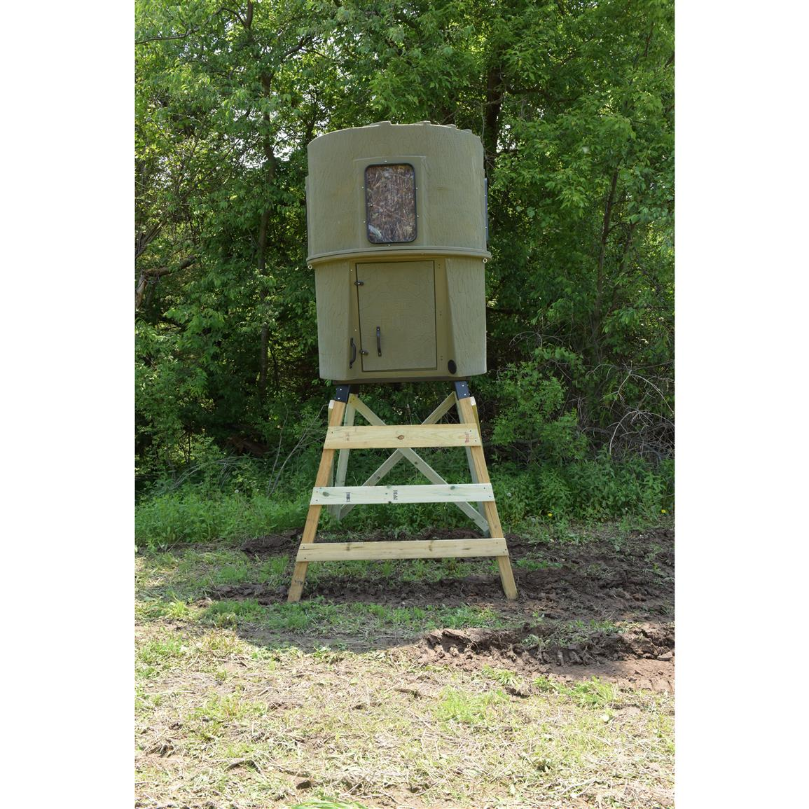 Banks Outdoors® The Stump 3 NBS Tower-style Deer Stand