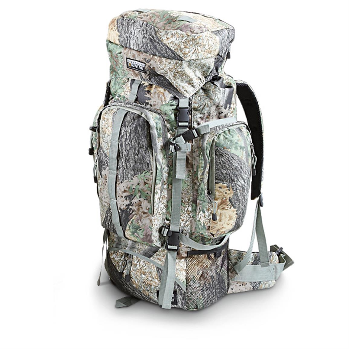 Extreme Pak Invisible Tree Camo Backpack • Padded shoulder and waist straps
