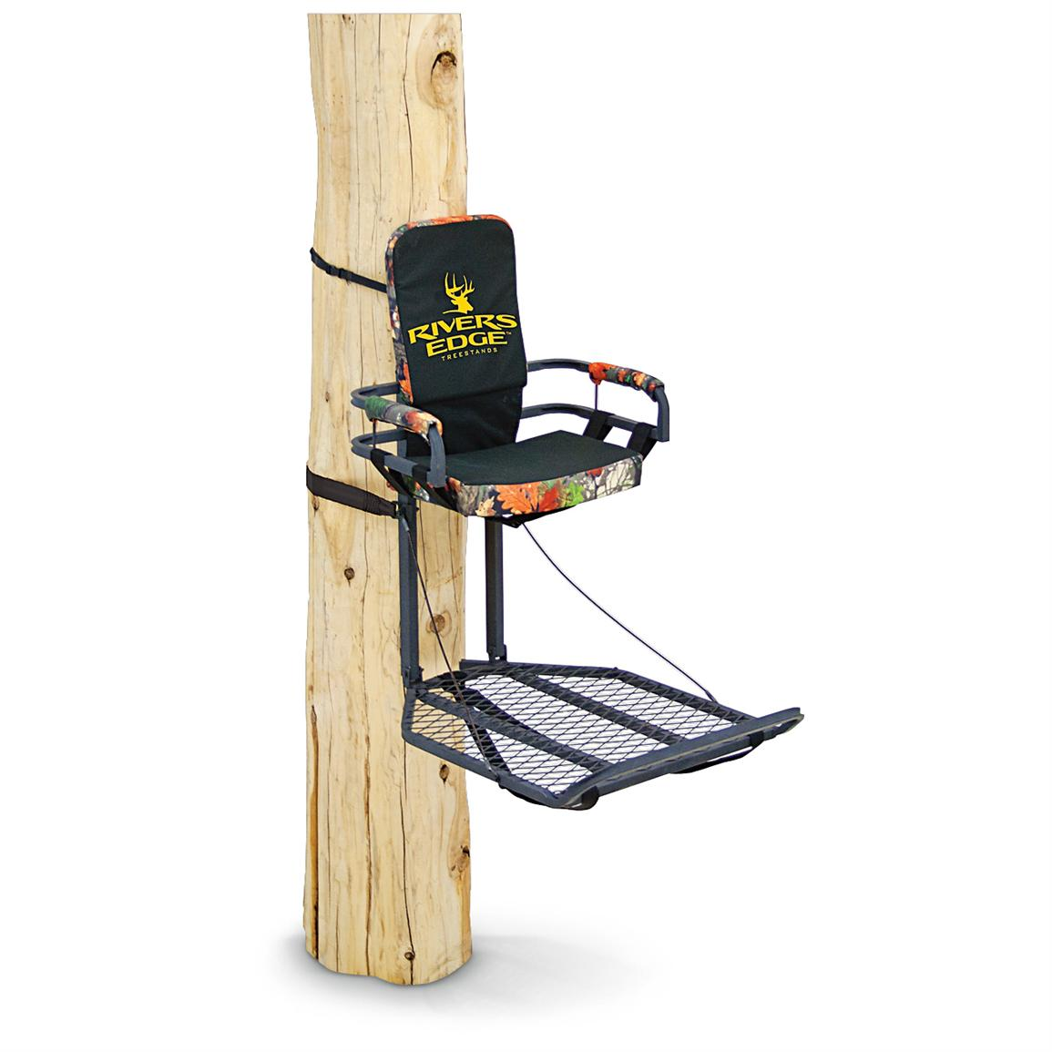Rivers Edge® Extra-large Platform Stand / Footrest Lounger Tree Stand, Gray / Camo