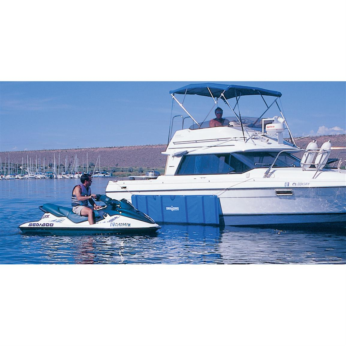 Reliable, form-fitting protection that stays put when your boat rocks