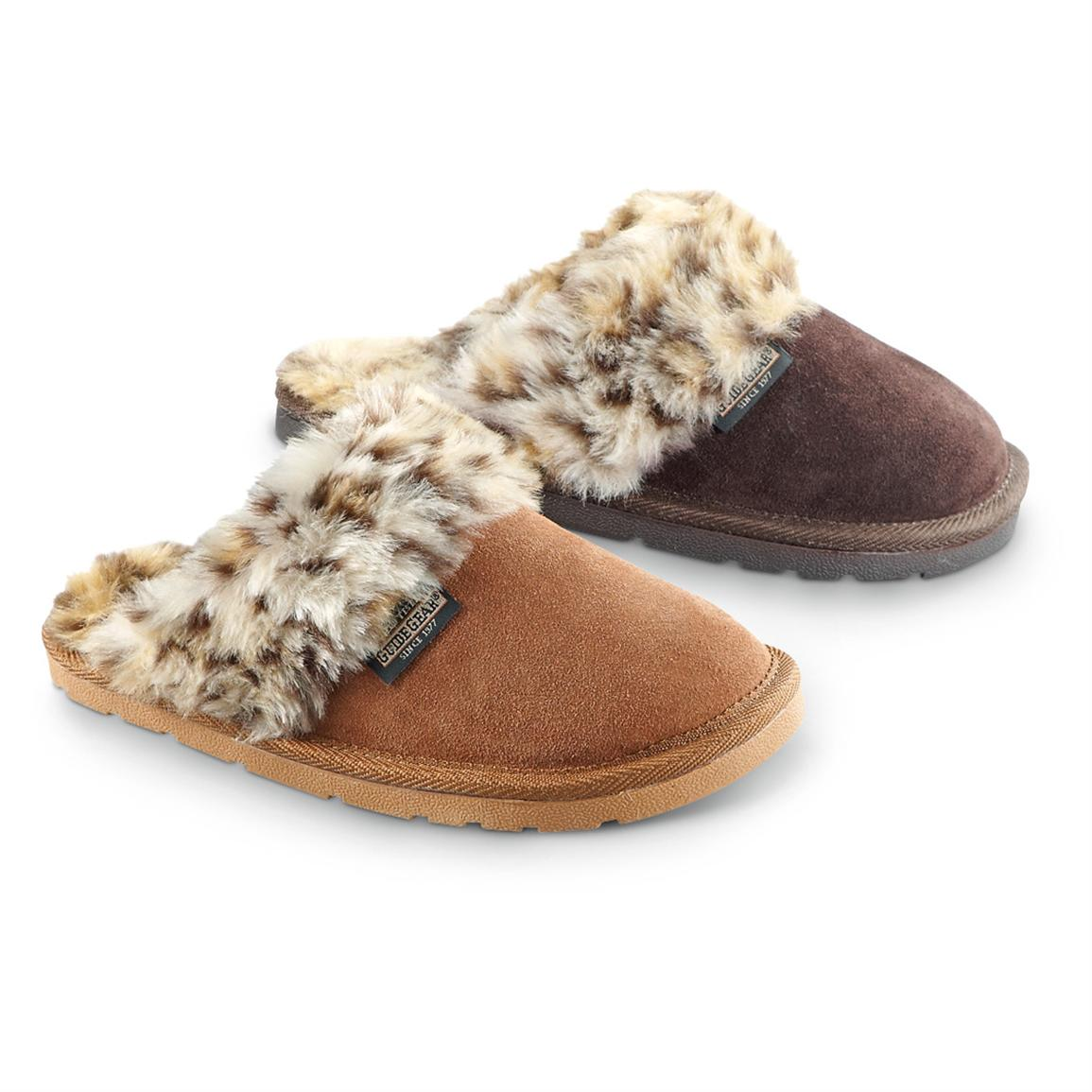 Women's Guide Gear® Leopard Fluff Slippers • Allspice or Rootbeer