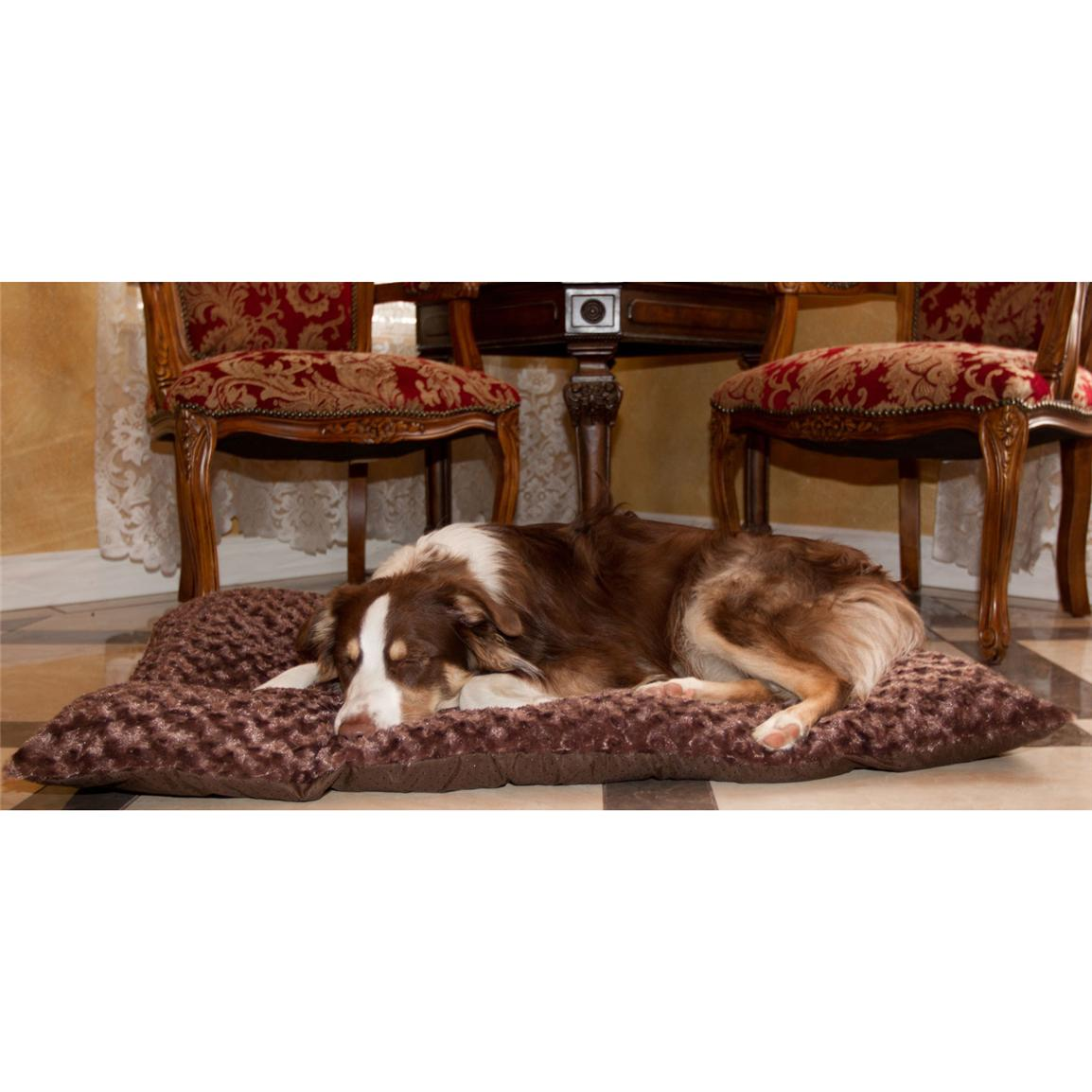 Trademark® PAW Lavish Cushion Pillow Furry Pet Bed, Chocolate