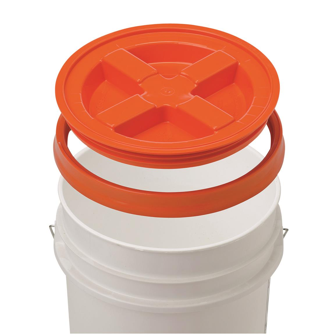 Simply snap the lid onto a standard bucket (not included)