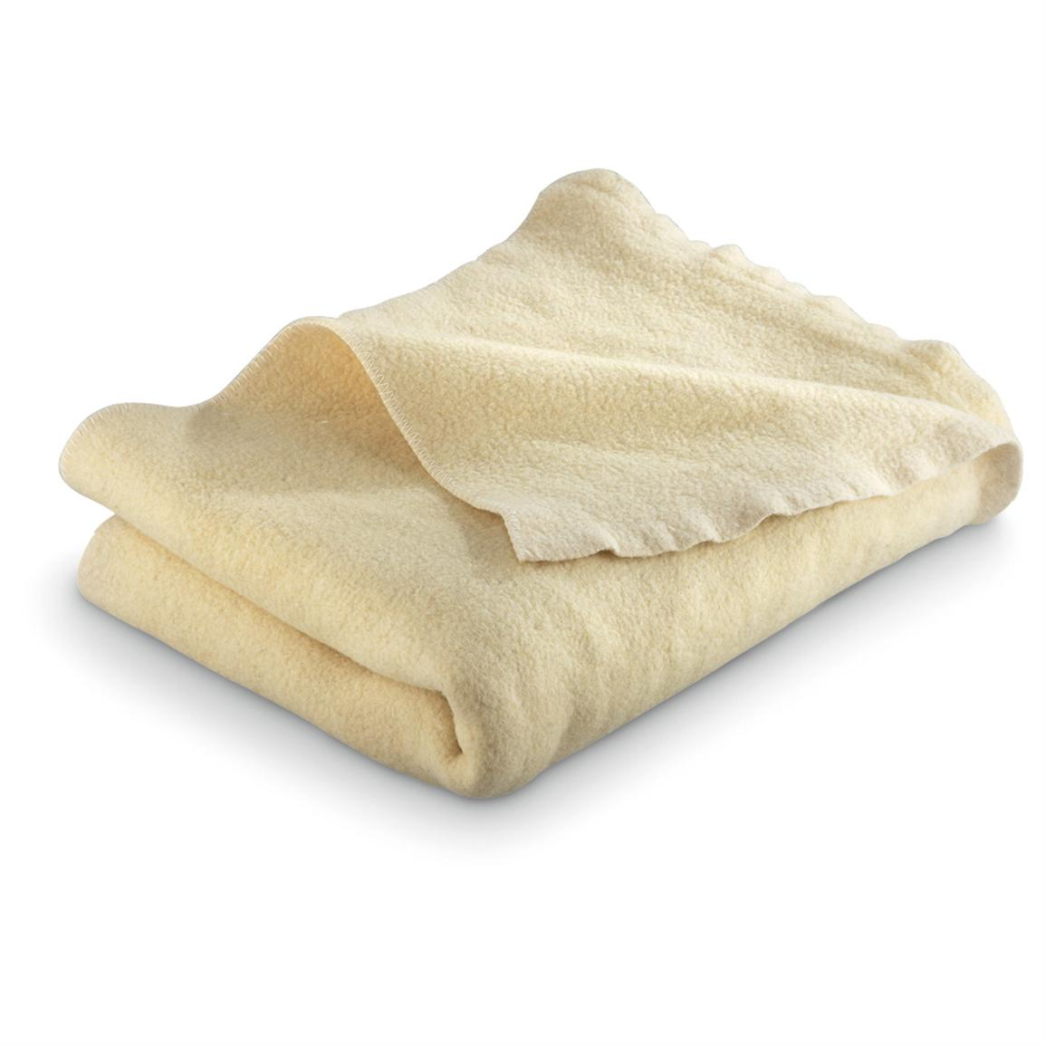 Used Bulgarian Military Surplus Officer's Wool Blanket, Cream • 4 lbs. of insulating warmth