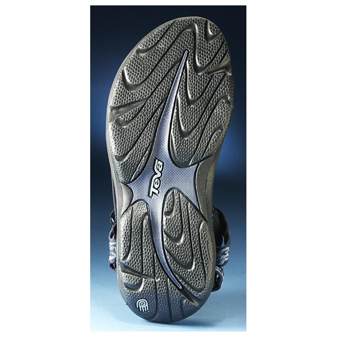 High-traction Durabrasion Rubber™ outsole