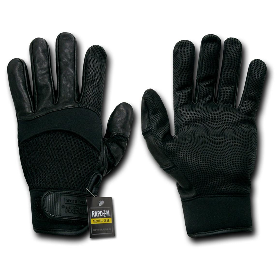 Palm area includes digital leather for enhanced grip and feel