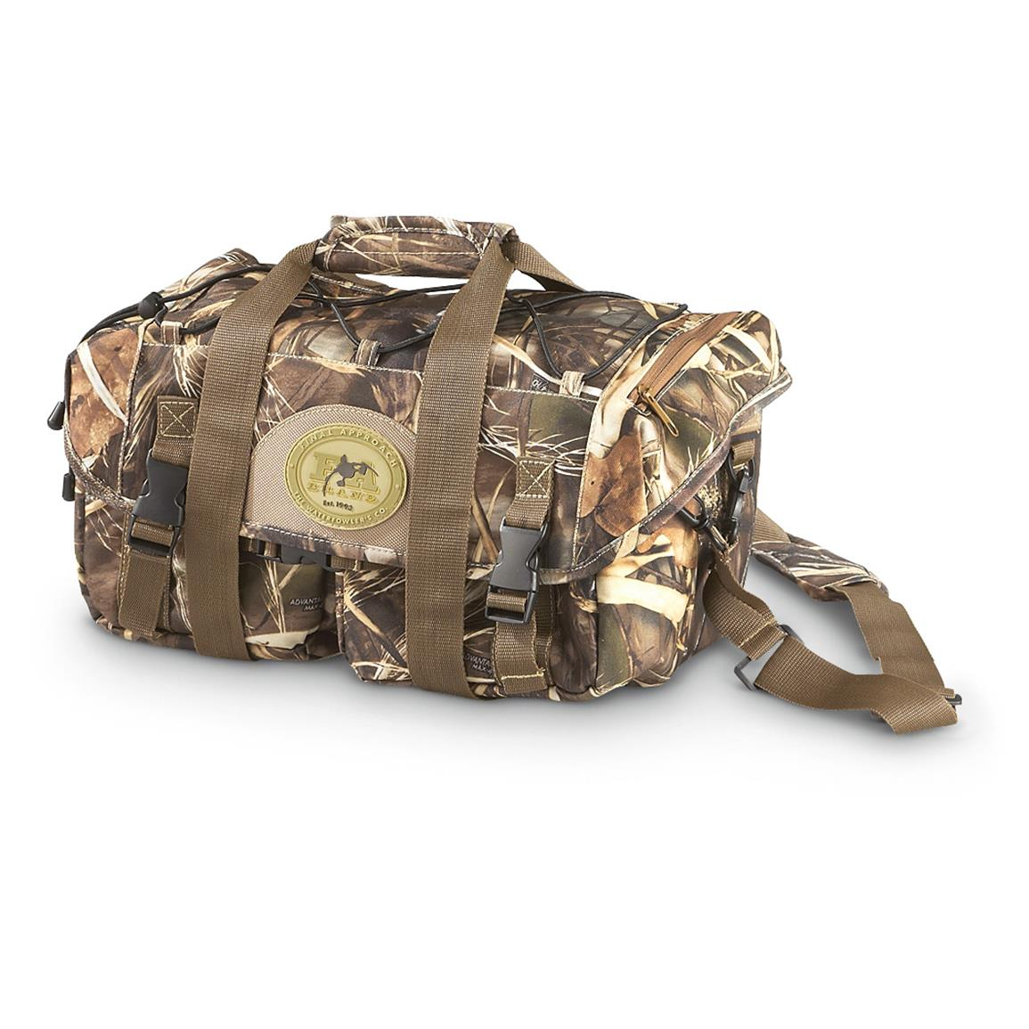 Final Approach® Large Layout Blind Bag, Realtree Max-4® • 10 x 15 1/2 x 8""
