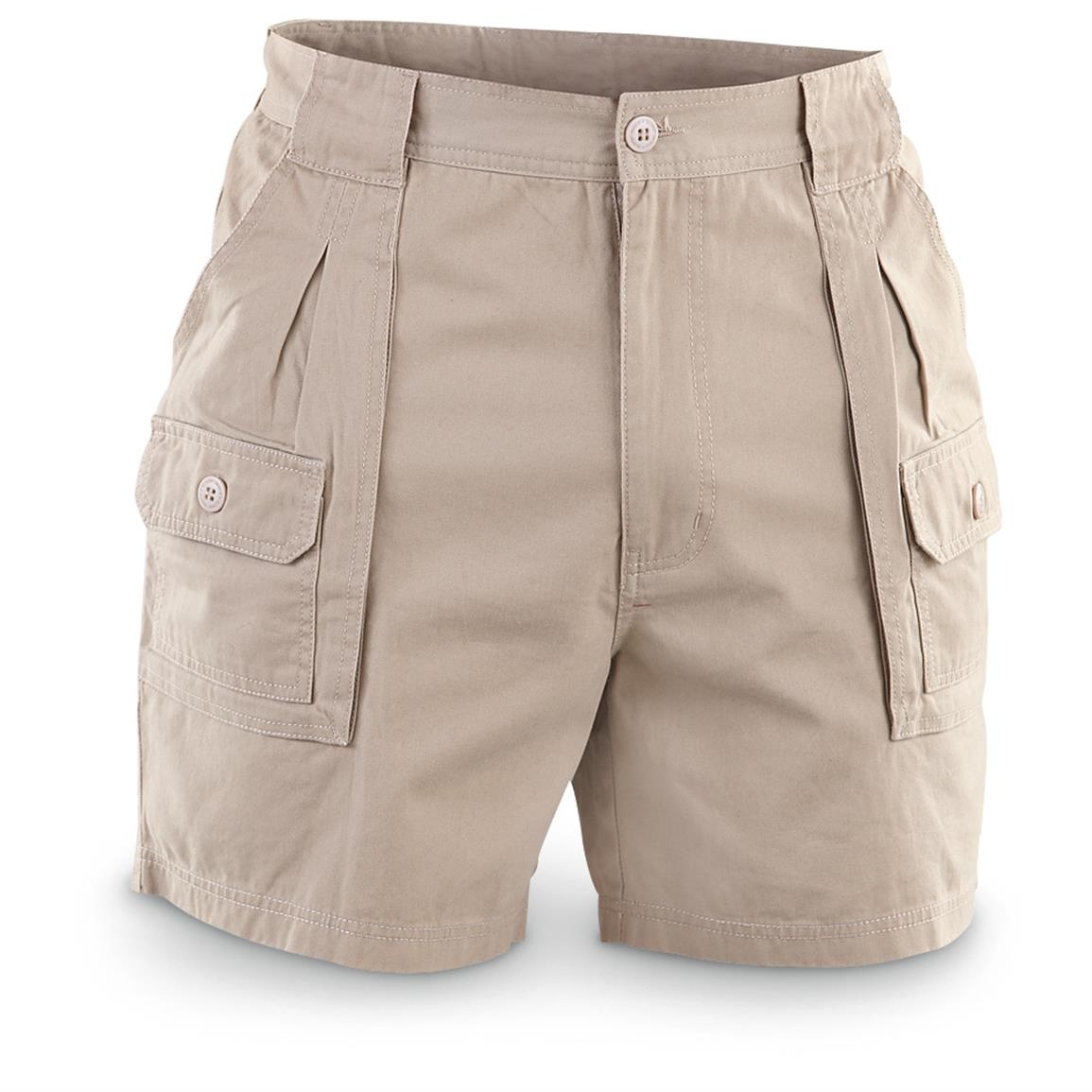 Explore men's trousers and shorts from Burberry - shop for chinos, corduroys, tailored trousers, denim jeans, Brit shorts and more. Explore men's trousers and shorts from Burberry - shop for chinos, corduroys, tailored trousers, denim jeans, Brit shorts and more.