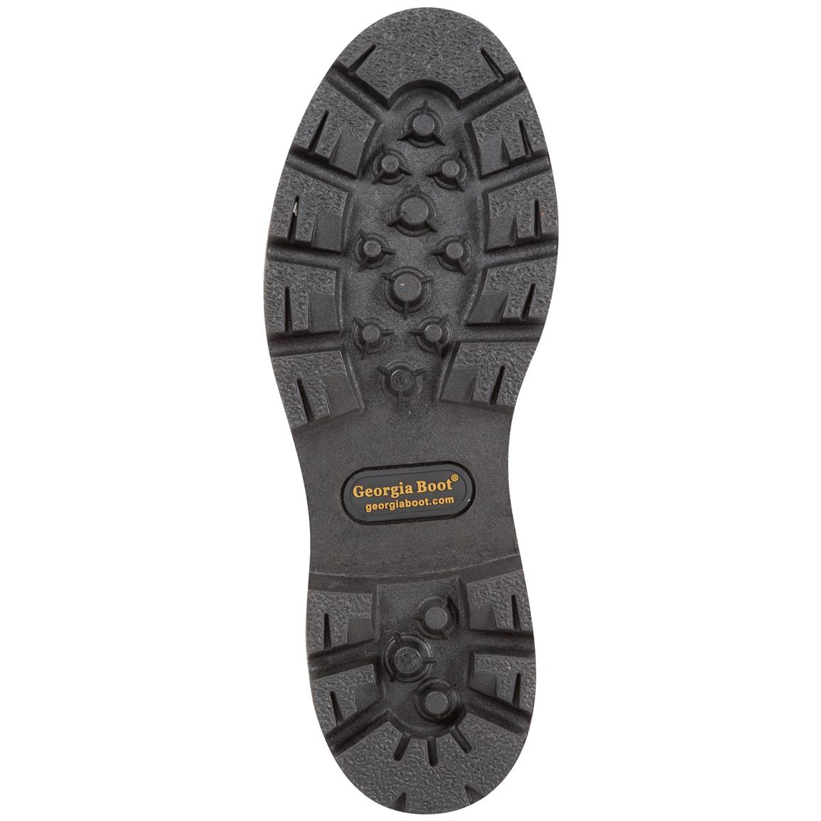 Direct-attached, oil-resistant PVC outsole provides topnotch traction