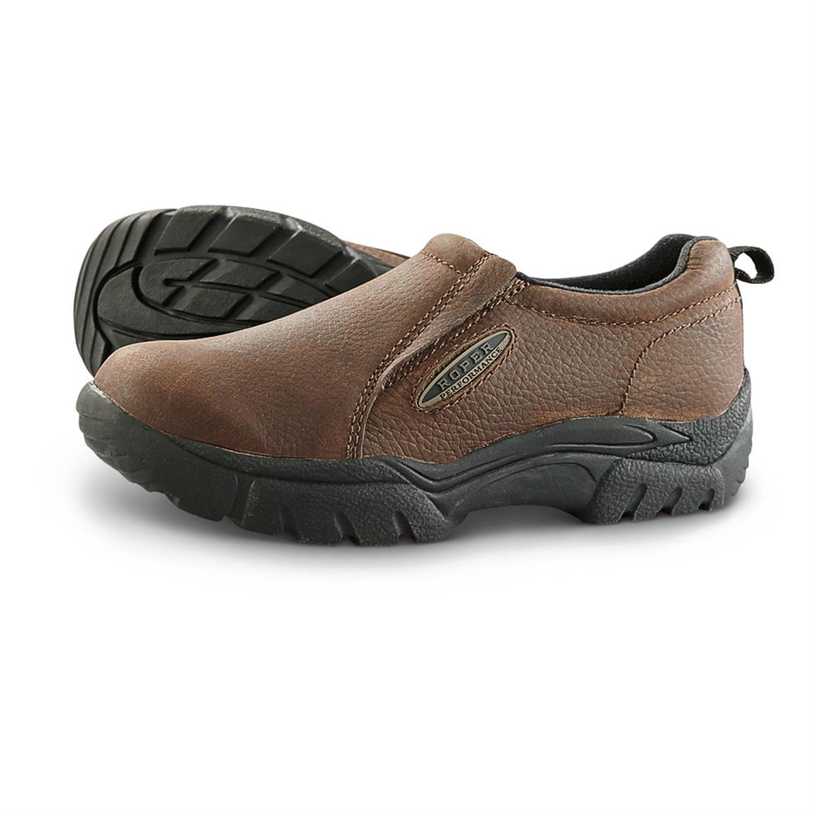 Womens Shoes From slip ons to Mary Janes we have a great selection of women's comfortable and affordable shoes here at Pavers. Each shoe offers comfort and style in a great range of width fittings, perfect for completing your look!