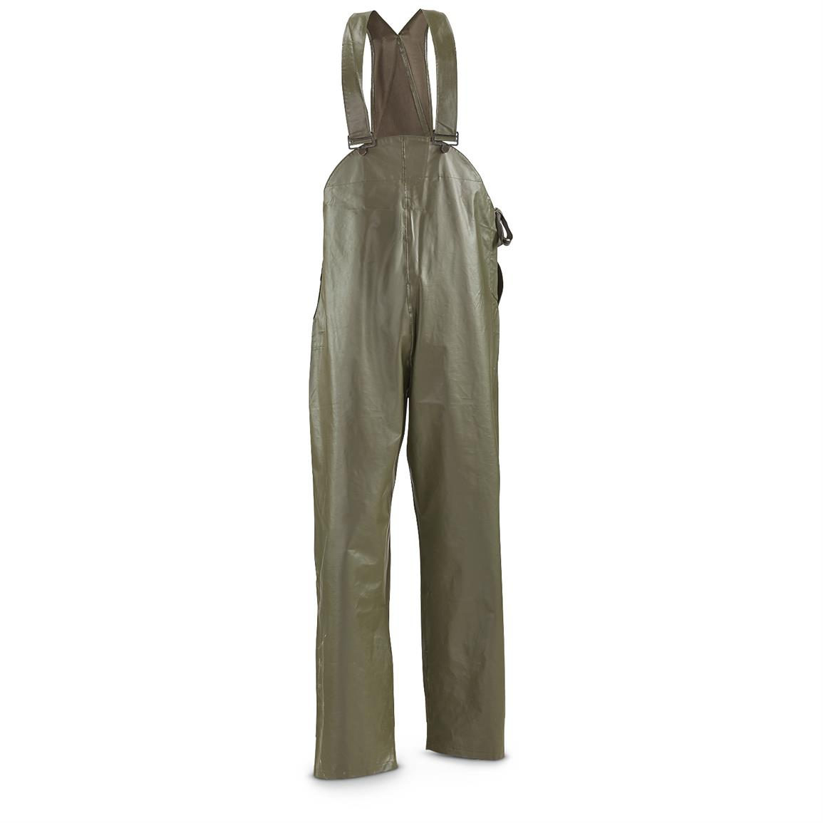 Bib pants have adjustable suspenders with elastic panel