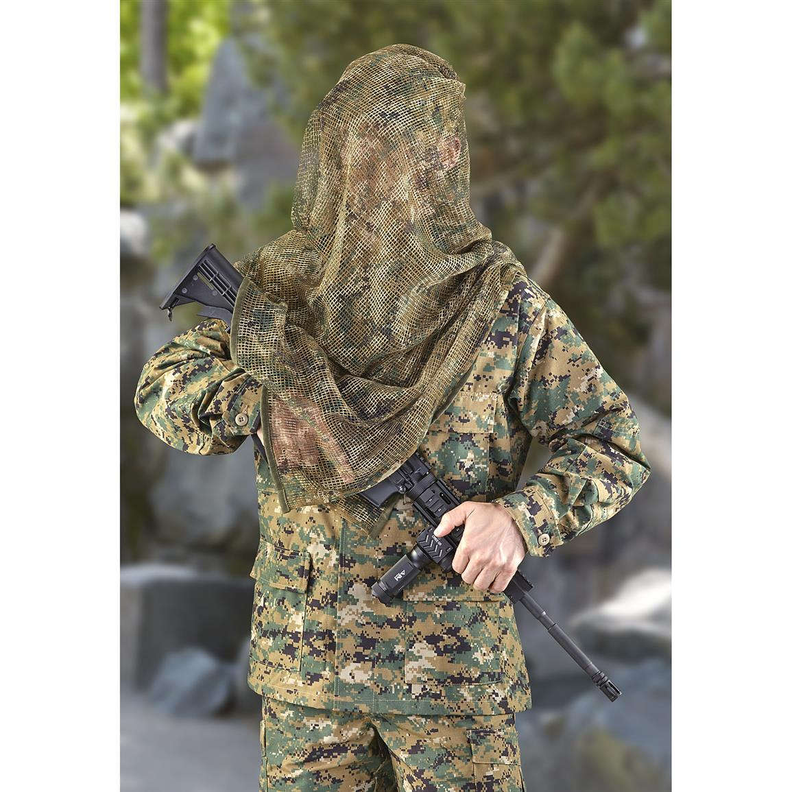 Military-style Veil breaks up your silhouette, so you remain concealed from view
