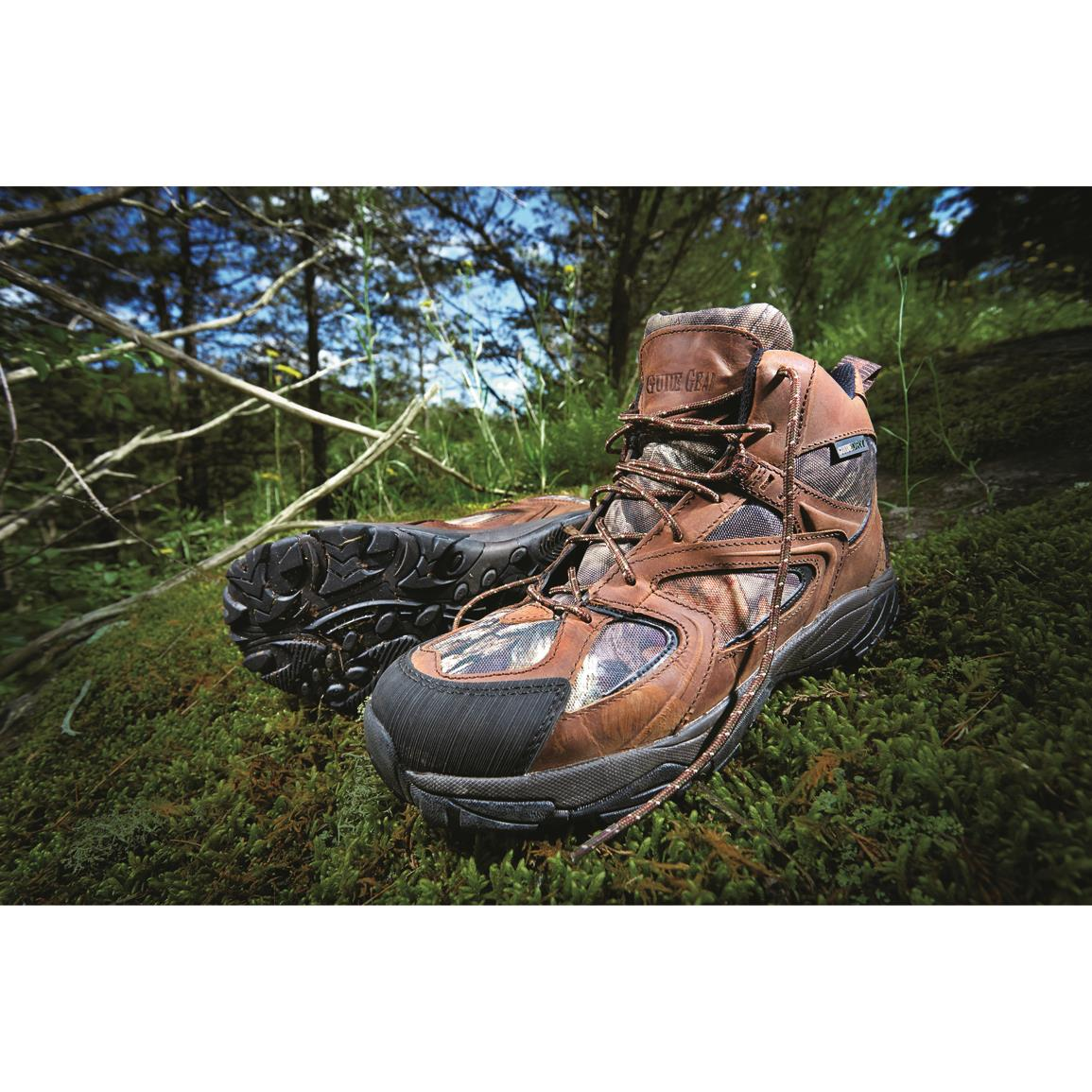 Aggressive sure-grip outsole provides topnotch traction over any terrain