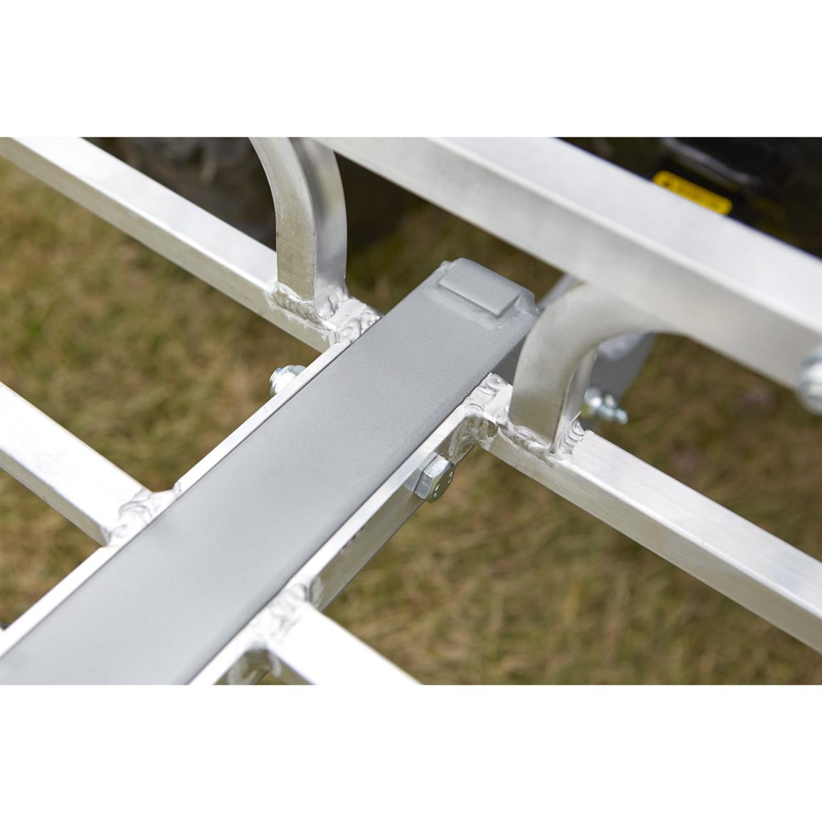 Side rails keep gear secure and provide tie-down points