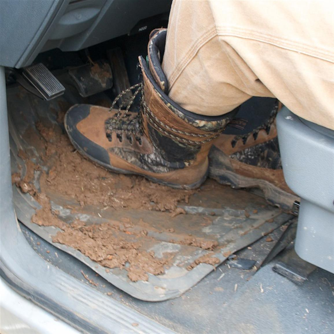Keep the interior of your vehicle free of tracked-in dirt, mud, snow and debris